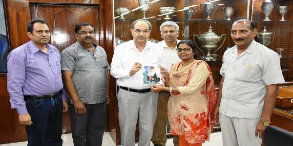 Vaishali Sharma, deaf women who conquered UPSC CSE twice